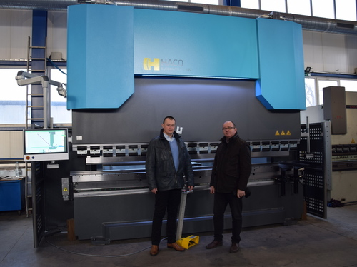 The new HACO press brake with a capacity of 400 tons for the Polish leader in services for the industry