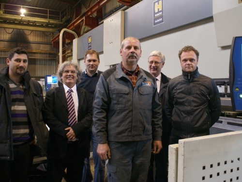 Custom-made innovation for MSK with the tandem CNC press brake