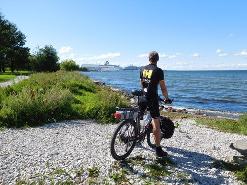 To Helsinki in HACO cycling outfit