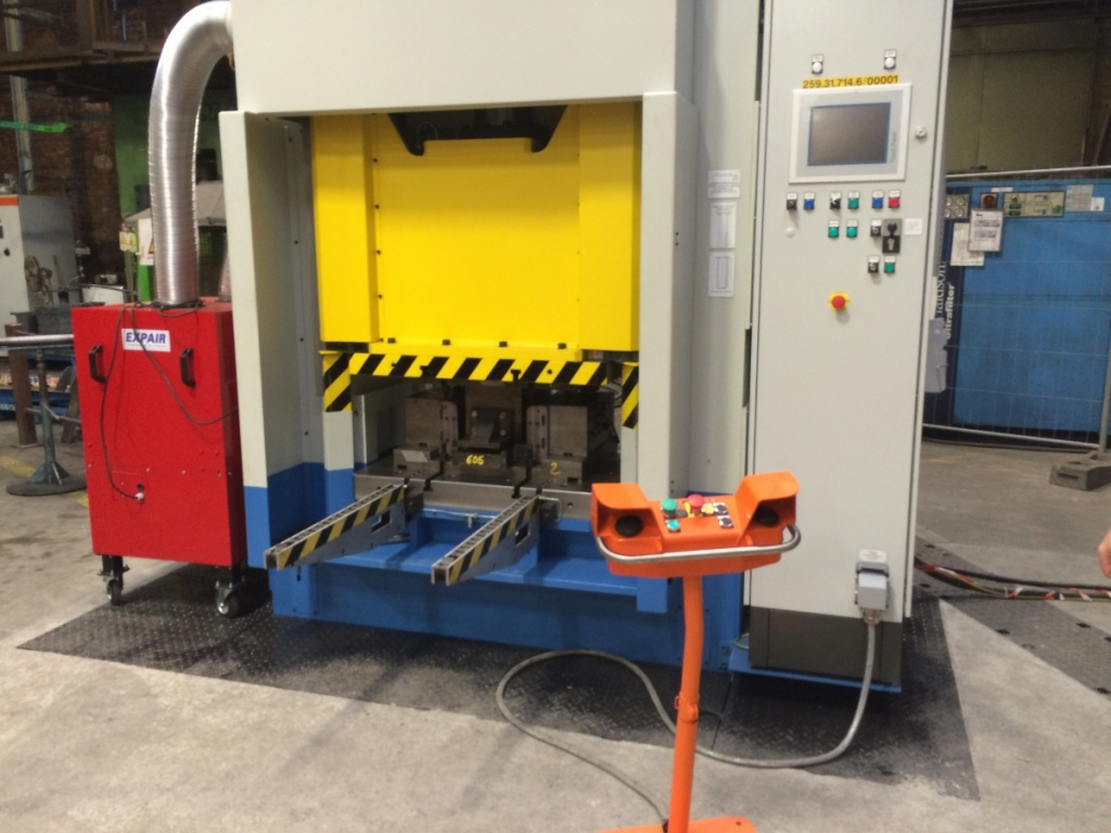 New forging press produces railroad switches for Infrabel - Haco