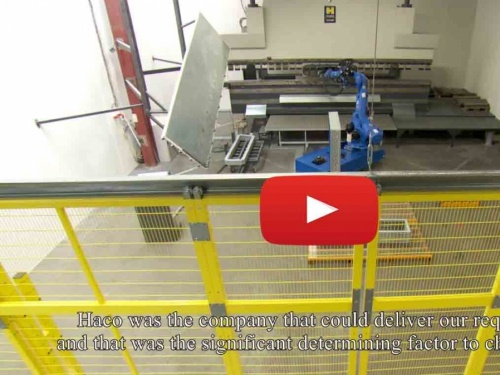 Turnkey robot bending cell for spraybooth manufacturer Sima