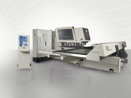 Down under ondersteboven van de Haco Q5 CNC ponsmachine